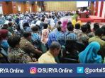 berita-surabaya-tri-rismaharini-kepala-sekolah-guru_20160913_130227.jpg