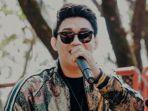 biodata-ifan-seventeen-vokalis-yang-pamit-dari-bandnya.jpg