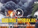bu-risma-memimpin-pemadaman-kebakaran-gudang-plastik-di-kapas-madya_20170817_212111.jpg