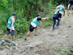 bukit-peserta-semen-indonesia-road-to-semen-indonesia-trail-run-2016_20180923_222251.jpg