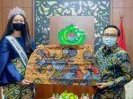 bupati-pamekasan-dan-putri-indonesia-2020.jpg