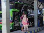bus-di-terminal-seloaji-ponorogo-mulai-kembali-beroperasi-pasca-larangan-mudik-lebaran-2021.jpg