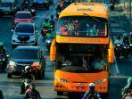 bus-tumpuk-di-surabaya_20180904_203127.jpg