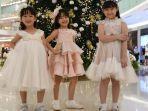 busana-natal-valerie-janice-iris-mengenakan-busana-baju-natal-anak.jpg