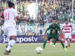 derby-suramadu-pertandingan-persebaya-surabaya-saat-menjamu-madura-united-fc-pada-leg-1.jpg