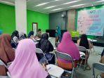 diskusi-parenting-bertema-seminar-pendidikan-aqil-baligh-di-ball-room-lantai-2-outlet-malang-strudel.jpg