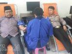 donor-darah-oleh-komunitas-wartawan-gresik_20170223_185248.jpg