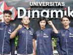 empat-mahasiswa-universitas-dinamika-usaha-pakaian-dengan-konsep-nasionalisme.jpg