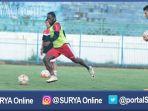 erick-weeks-stadion-gelora-ratu-pamelingan-pamekasan-madura_20161215_221853.jpg