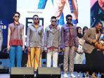 fashion-show-koleksi-kolaborasi-embran-nawawi-bersama-siswa-lasalle-collage-surabaya.jpg