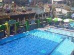 fasilitas-kolam-renang-di-tr-sengkaling-kecamatan-dau.jpg
