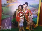 foto-bareng-mickey-mouse-di-ciputra-world-mall-surabaya_20170713_193032.jpg