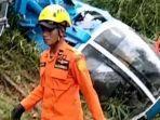 foto-foto-kondisi-helikopter-kecelakaan-di-tasikmalaya-4-penumpang-selamat.jpg