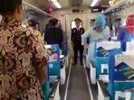 foto-hasil-tangkap-layar-suasana-menyanyi-lagu-indonesia-raya-di-kereta-api.jpg
