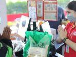 gojek-indonesia-kolaborasi-gojek-dan-alfamart-buka-layanan-gomart.jpg