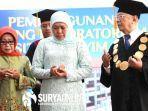 gubernur-khofifah-bersama-rektor-universitas-hasyim-asyari-kh-salahuddin-wahid.jpg