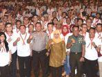 gubernur-khofifah-indar-parawansa-pangdam-vbrawijaya-mayjend-tni-whisnoe-pb.jpg