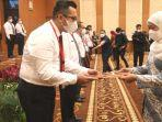 gubernur-khofifah-menutup-kegiatan-orientasi-dan-pengembangan-kompetensi-kepemimpinan.jpg
