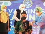 gubernur-khofifah-tinjau-vaksinasi-covid-19-untuk-pelajar-di-di-smp-dan-smk-islam-krembung.jpg