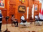 gubernur-khofifah-update-covid-19.jpg