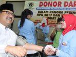 gus-ipul-donor-darah_20170311_155034.jpg