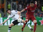 hasil-liga-champion-as-roma-vs-liverpool-el-shaarawy-berebut-bola-dengan-milner_20180503_031438.jpg