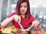 hidangan-meatloaf-steak-ala-swiss-belinn-manyar-surabaya.jpg