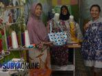 ibu-ibu-di-rt-3-rw-4-kelurahan-jagir-wonokromo-surabaya-merintis-usaha-jahitan-bersama_20180430_224657.jpg