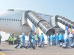 jamaah-haji-surabaya-bandara_20180720_162100.jpg