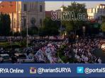 jamaah-salat-ied-di-masjid-agung-kota-malang_20160706_075544.jpg