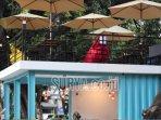 kafe-tengah-kota-di-jalan-sumatera-kota-surabaya.jpg