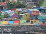 kampung-warna-warni-bulak-kenjeran_20170519_223820.jpg