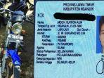 kartu-identitas-dan-motor-yang-ditemukan-di-pantai-kedung-tumpang_20180514_011628.jpg