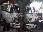 kecelakaan-di-kabupaten-gresik-truk-angkut-galian-c-tabrak-5-mobil-dan-4-motor.jpg