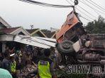 kecelakaan-truk-di-cerme-gresik_20171016_182807.jpg