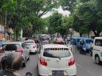 kemacetan-lalu-lintas-kota-malang-libur-panjang.jpg