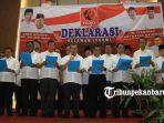 kepala-daerah-di-riau-deklarasi-dukung-jokowi_20181012_223545.jpg