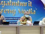 kepala-perwakilan-bi-kediri-sofwan-kurnia-tengah-pada-acara-ngabuburit-bareng-media.jpg
