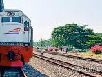 kereta-api-14720.jpg