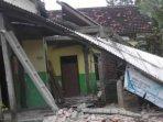 kerusakan-rumah-warga-tulungagung-karena-gempa-bumi.jpg