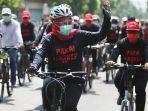 khofifah-gubernur-jatim-bersepeda-di-kediri.jpg