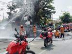kios-bensin-di-jalan-diponegoro-surabaya-kebakaran.jpg