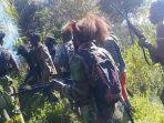 kkb-papua-terjun-ke-jurang-didesak-tni-1-anggota-separatis-tewas-sebelumnya-tembak-anak-kecil.jpg