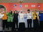 koalisi-perempuan-6-parpol-pendukung-khofifah-dan-emil-dardak_20180212_213621.jpg