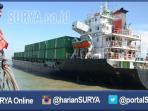 kontainer-kayu-ilegal-kapal-mv-bali-gianyar_20160607_195911.jpg<pf>kontainer-kayu-jati-ilegal-kapal-mv-bali-gianyar_20160607_200453.jpg<pf>kontainer-kayu-ilegal-kapal-mv-bali-gianyar-surabaya_20160607_200210.jpg