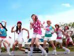 lirik-dan-chord-lagu-aw-aw-aw-super-girlies-yang-viral-di-tiktok.jpg