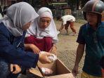 mahasiswa-kkn-unair-buat-program-tanggap-bencana-banjir-bandang-di-desa-bojongkulur-kabupaten-bogor.jpg