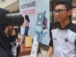 mahasiswa-politeknik-elektronika-negeri-surabaya-dalam-acara-sofware-expo-2020.jpg
