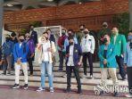 mahasiswa-surabaya-dan-malang-raya-datangi-dprd-jatim.jpg
