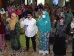 mahcfud-arifin-saat-menghadiri-silaturahmi-bersama-pengurus-muslimat-kota-surabaya.jpg